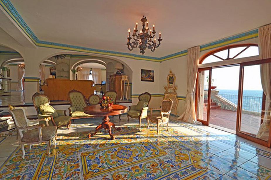 Alba Villa Apartments
