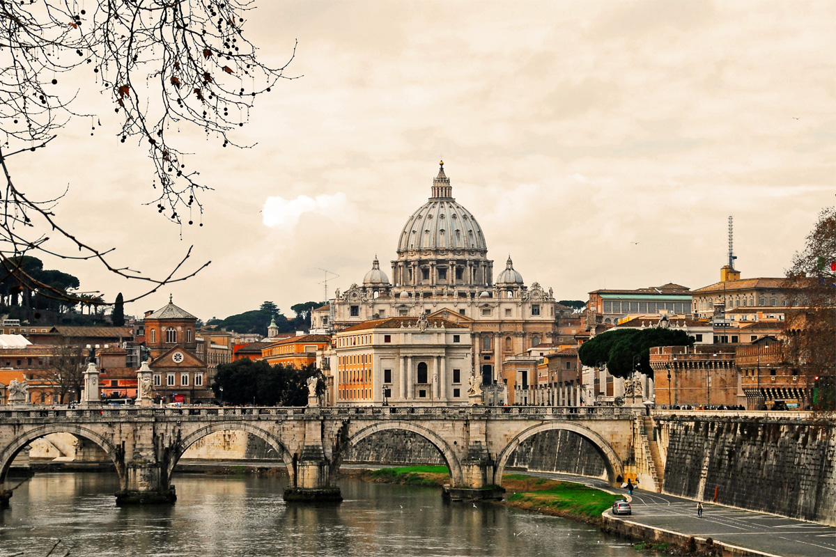 Tevere Rome Boat Tour Home And Boat Italyhome And Boat Italy