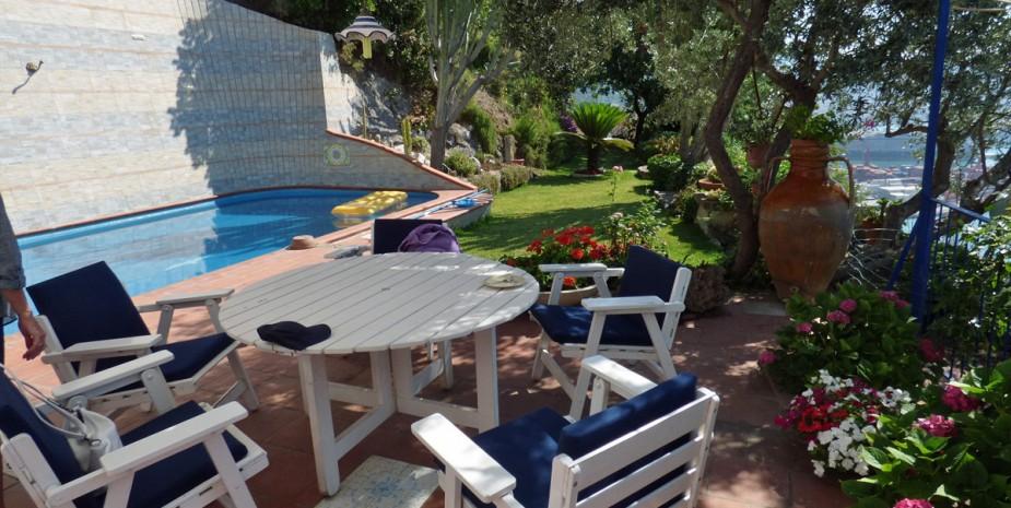Villa in costiera amalfitana affitto vietri sul marehome for Piani di casa di 8000 piedi quadrati